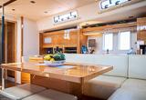 Votre bateau monocoque tout confort et spacieux - voyages adékua