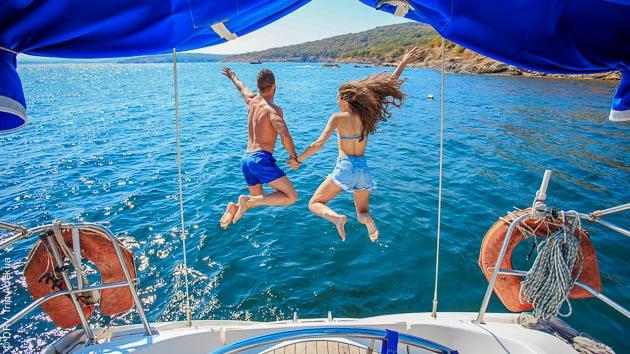 Profitez de notre bateau tout confort pour une croisière de rêve