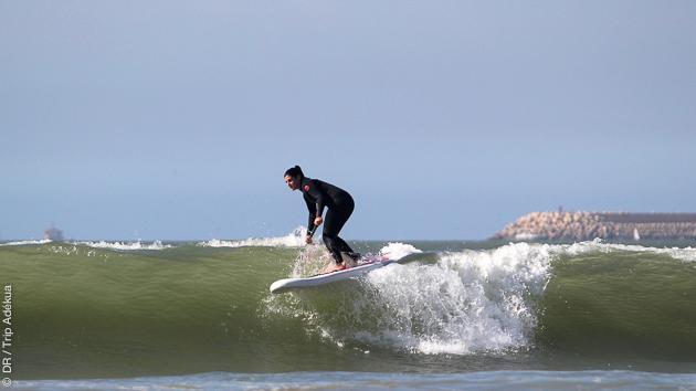 Ce stage encadré par un guide pro vous permettra de progresser sur les vagues du Maroc