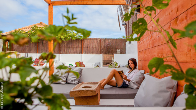 Pause détente dans la surf-house entre deux sessions SUP à Fuerteventura
