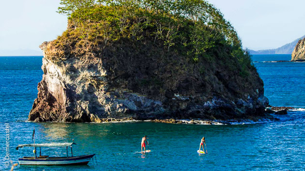 Un véritable accompagnement en SUP, initiation ou perfectionnement surf, avec la découverte du Costa Rica