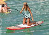 Progressez en SUP dans les vagues de Fuerteventura - voyages adékua