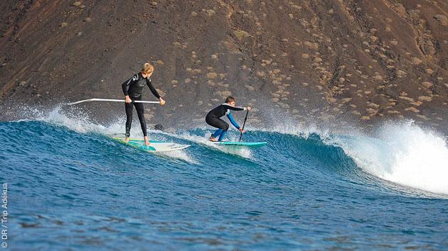 Apprentissage des techniques de SUP surf sur les spots de Fuerteventura, avec moniteur diplômé