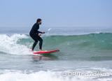 Perfectionnez-vous en SUP dans les vagues de la région d'Agadir - voyages adékua