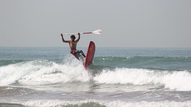 Progressez en SUP dans les plus belles vagues du Maroc
