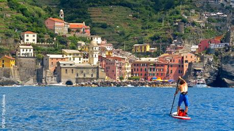 Séjour exceptionnel en paddle à Cinque Terre en Italie